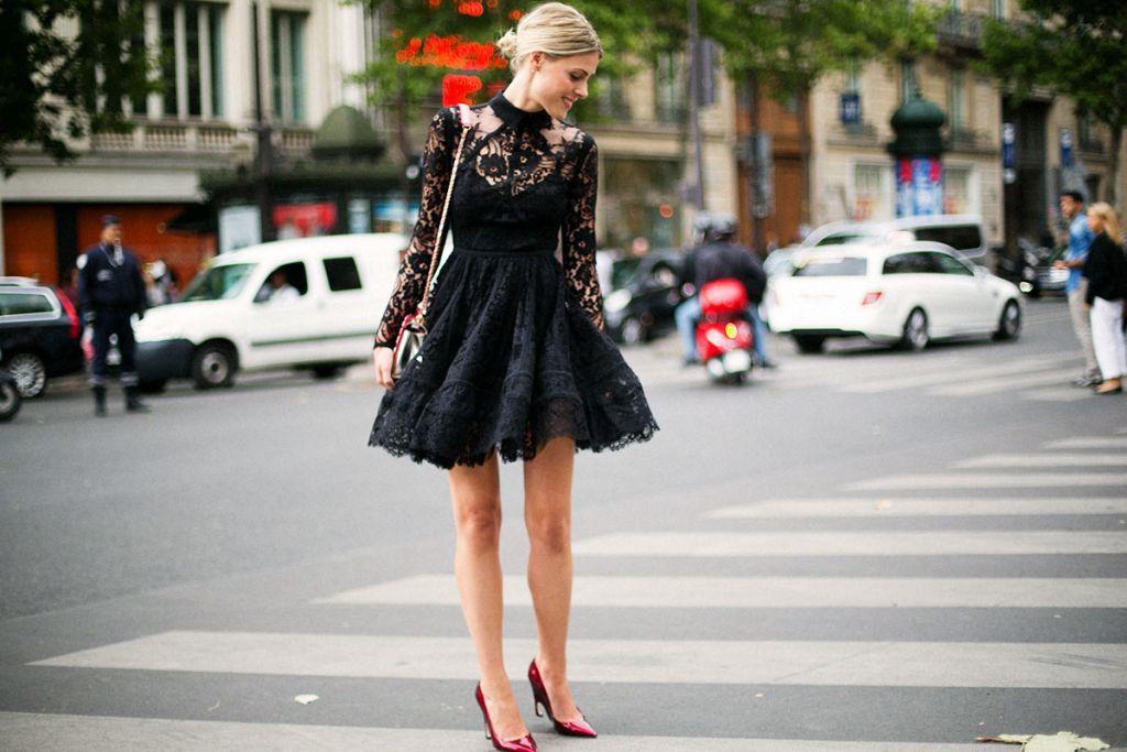 Cómo vestir de negro en verano