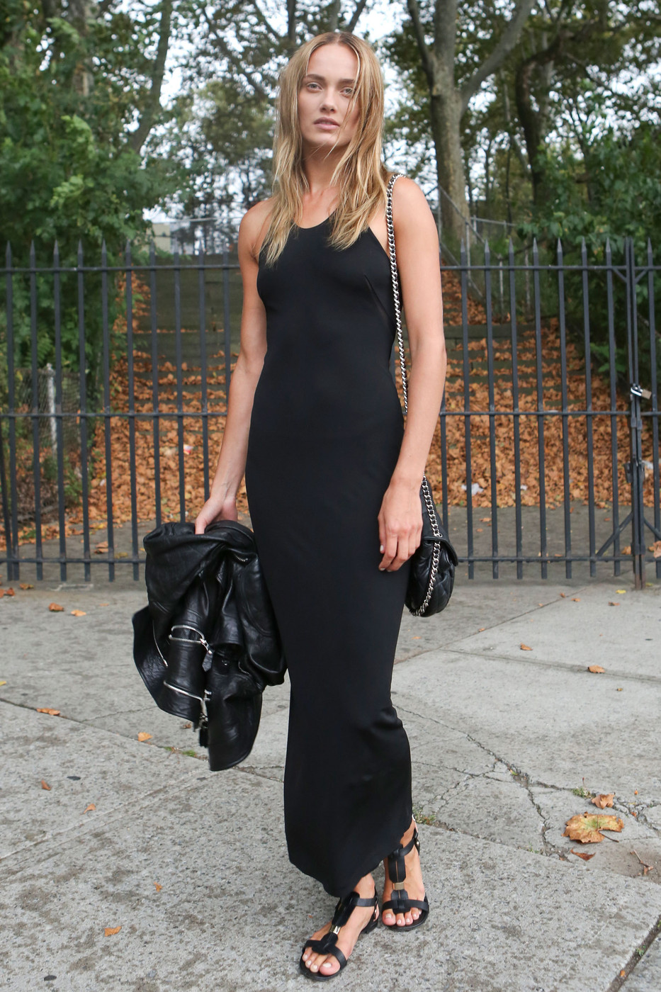 streetstyle-black-dress-2